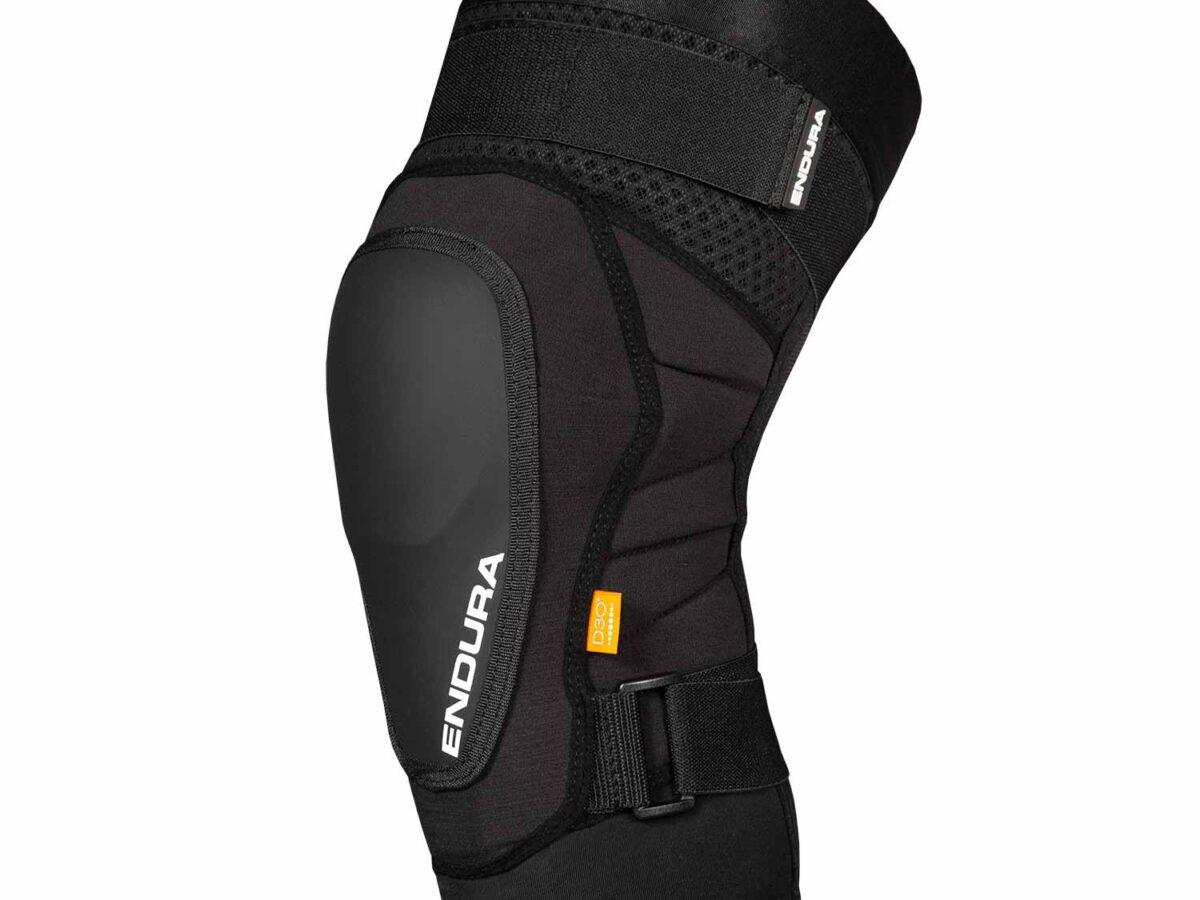 MT500 Hard Shell Knee Pad: Black – L-XL